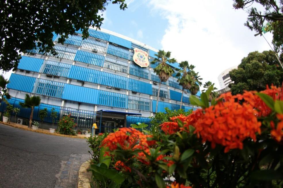 A sede da Polícia Federal (PF) em Pernambuco fica no Cais do Apolo, no centro do Recife — Foto: Marlon Costa/Pernambuco Press