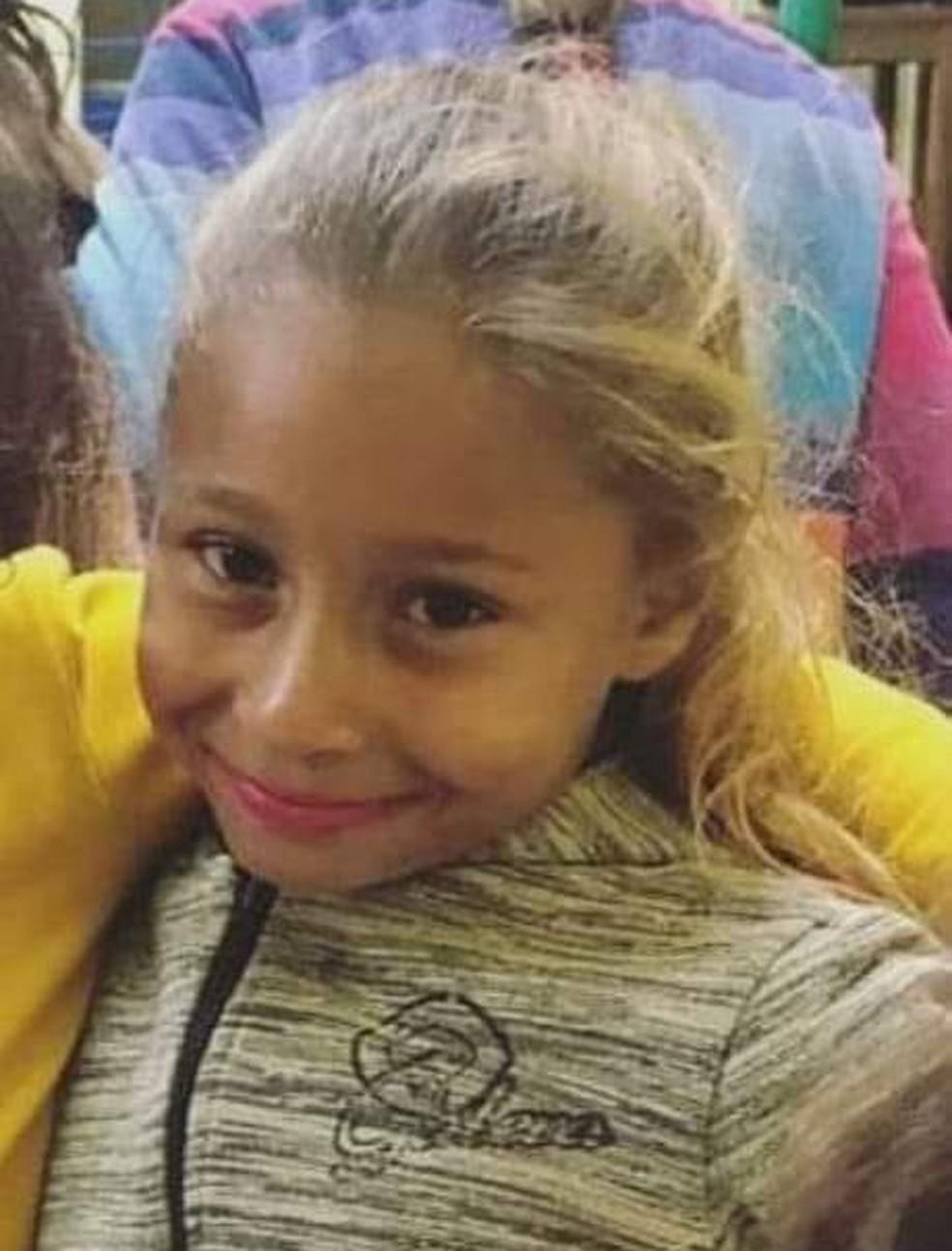 Emanuelle desapareceu na sexta-feira (10), enquanto brincava em uma praça perto de casa — Foto: Arquivo pessoal