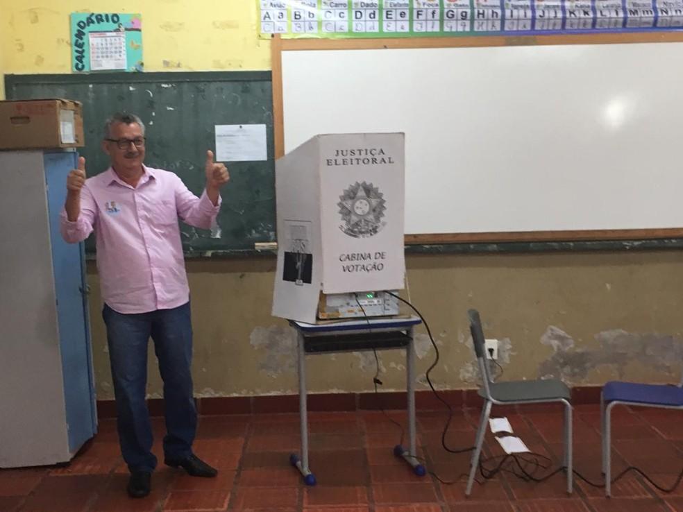 Edson Moraes, do Patriota, é eleito prefeito de Miranda. — Foto: Cristiano Gomes/TV Morena