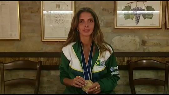 "Após ouro inédito no Mundial, Nathalie Moellhausen vibra: ""A medalha mais importante"""