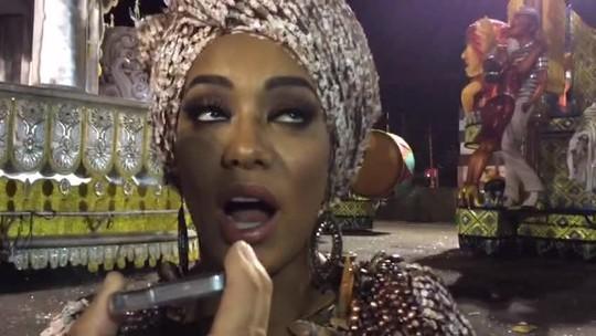 Miss Brasil Raíssa Santana exalta a força da mulher negra em desfile da Vai-Vai