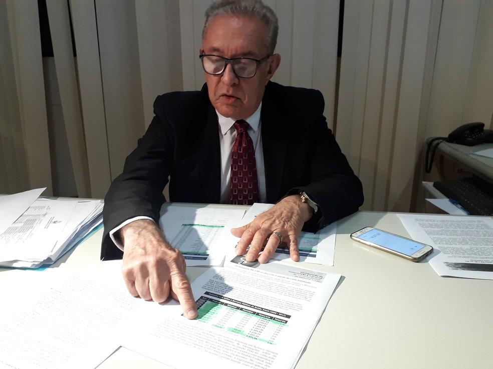 Eduardo Monteiro, presidente do CRM-AP, afirma que Santana deveria ter hospital infantil — Foto: Rita Torrinha/G1