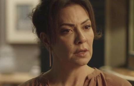 Na segunda-feira (25), Nana (Fabiula Nascimento) confessará a Mario (Lucio Mauro Filho) que é apaixonada por ele TV Globo