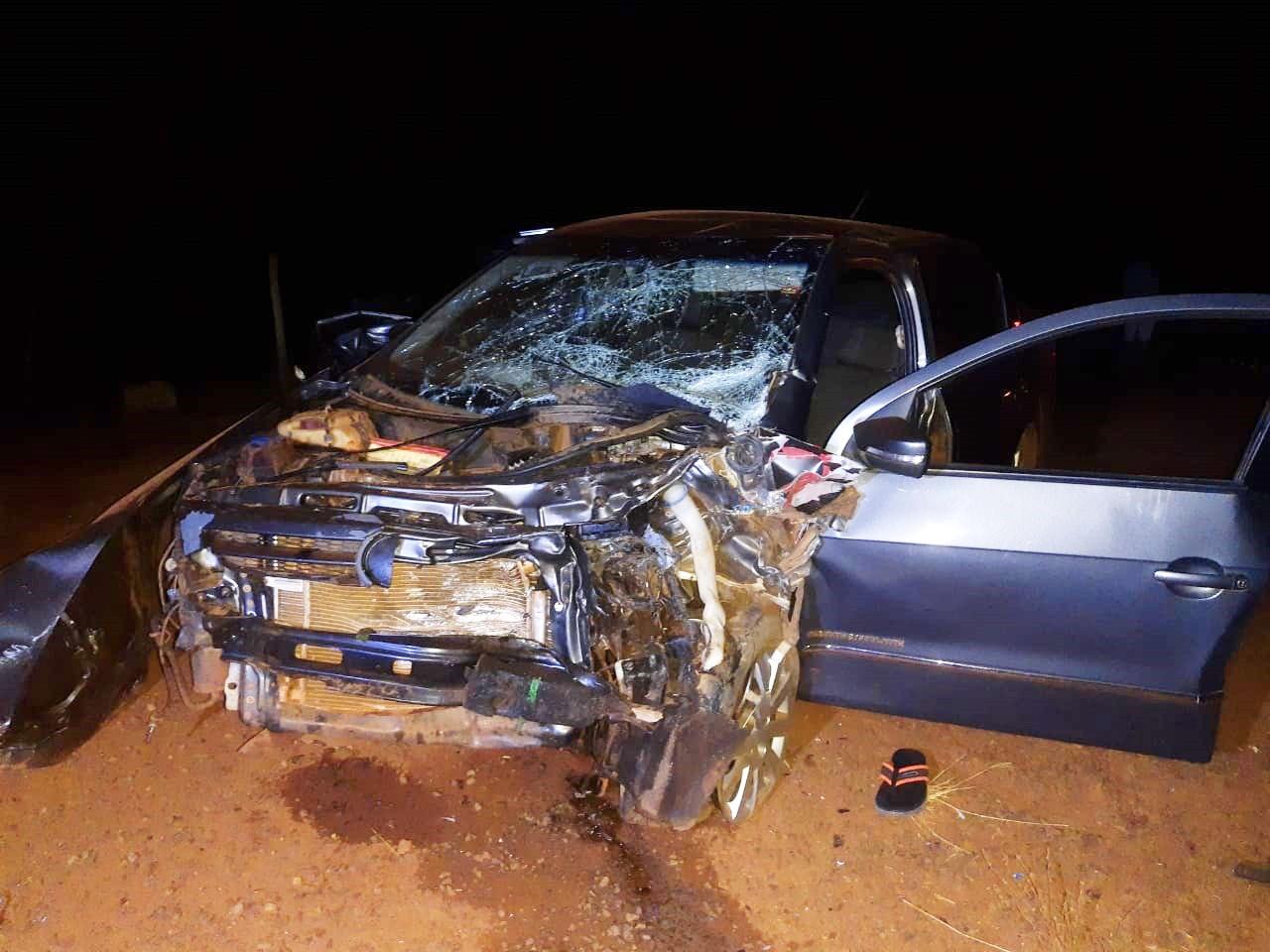 Homem morre em batida entre carro e caminhonete em Euclides da Cunha Paulista