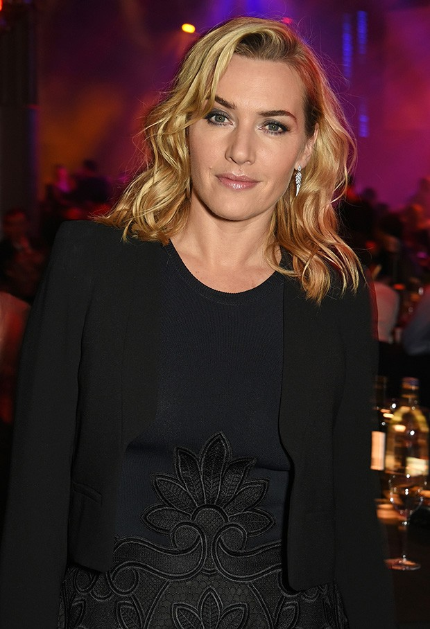 Kate Winslet wearing Stephen Webster earrings at the Moet Awards in 2015 (Foto: Getty)