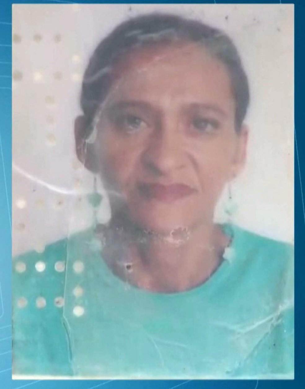 Mulher colocou veneno na janta e matou o marido; ela confessou o crime (Foto: Reprodução/TV Cabo Branco)