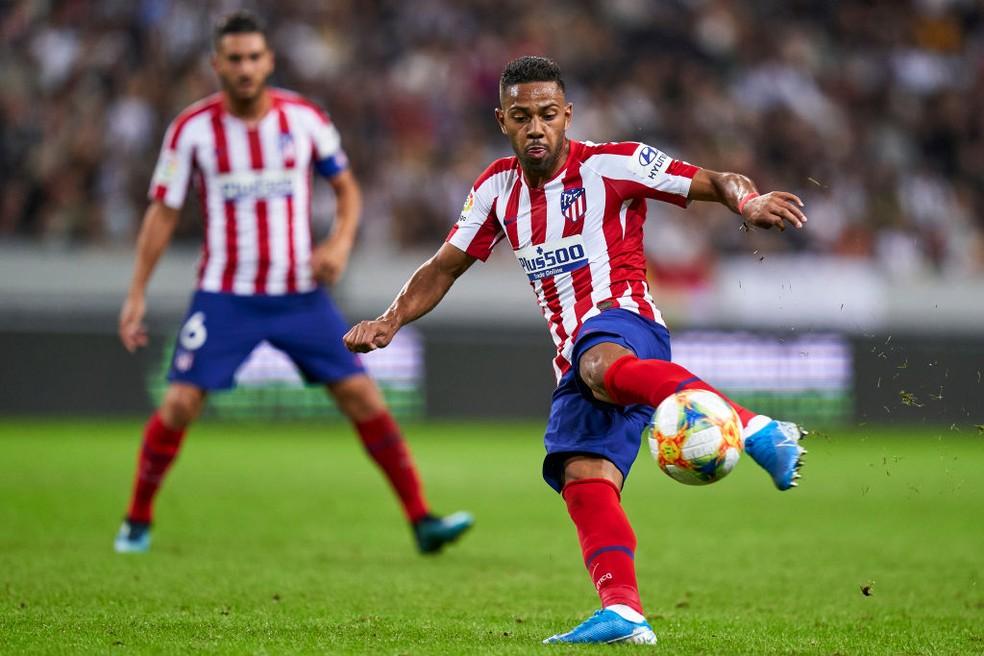 Renan Lodi, do Atlético de Madrid, pode ser uma das novidades da lista de Tite — Foto: Getty Images