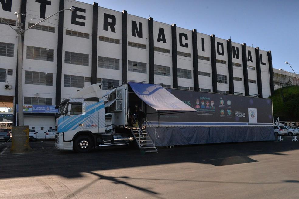 Carreta de testagem para o coronavírus, em Limeira — Foto: Adilson Silveira/ Prefeitura de Limeira