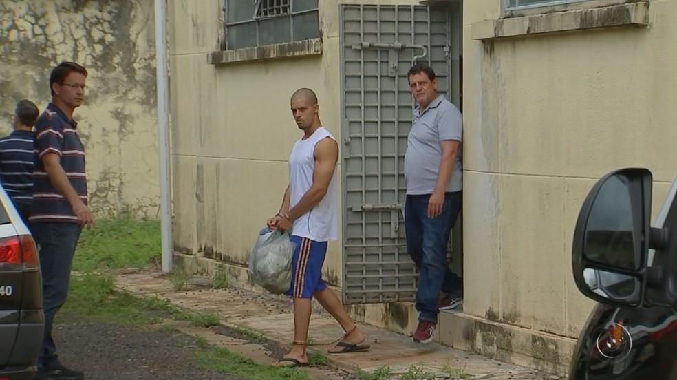 Kevin Michael de Carvalho confessou que matou ex-namorada a facadas em Votuporanga (SP) (Foto: Reprodução/TV TEM)