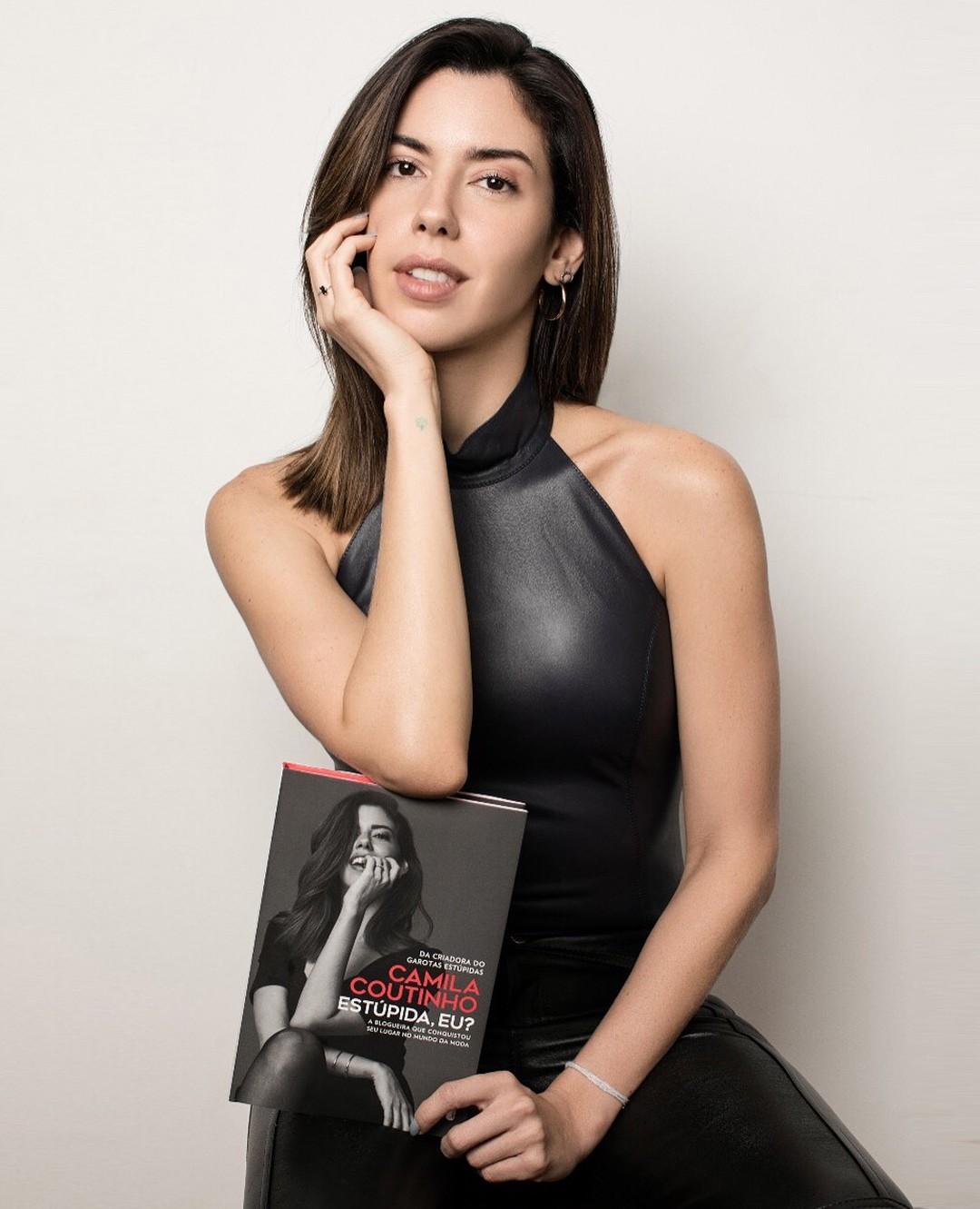 A blogueira Camila Coutinho estará na 27ª  Bienal do Livro de São Paulo (Foto: Reprodução / Instagram)