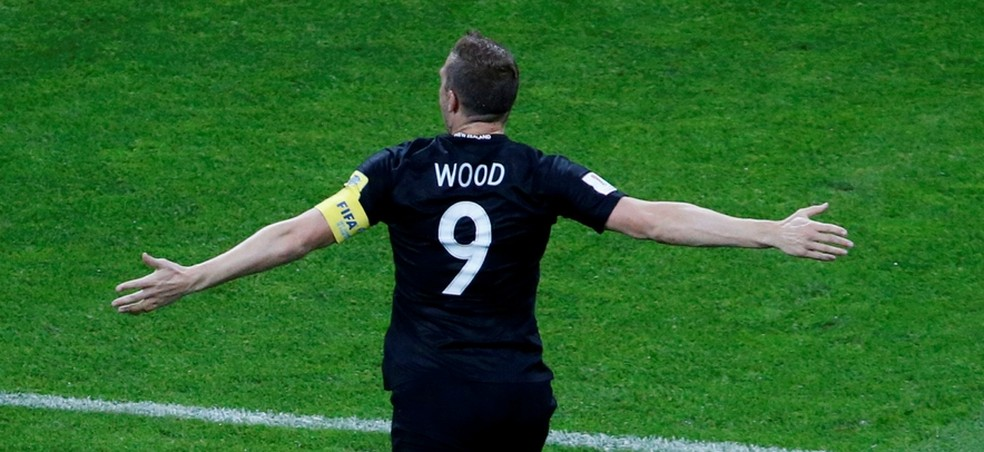 Wood é o camisa 9: centroavante forte, alto e trombador, mas inegavelmente artilheiro - do Burnley e dos All Whites (Foto: REUTERS/Grigory Dukor)