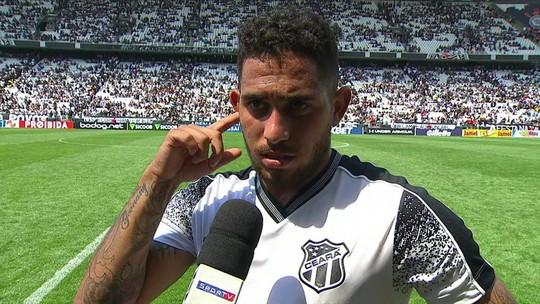 """Leandro Carvalho diz que nunca tinha feito gol olímpico: """"Eu vi que ele adiantou um pouco"""""""