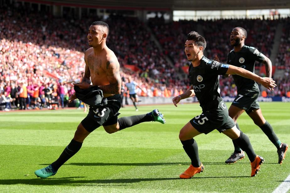 Jesus marca no fim, City chega a 100 pontos e alcança recorde histórico na Inglaterra