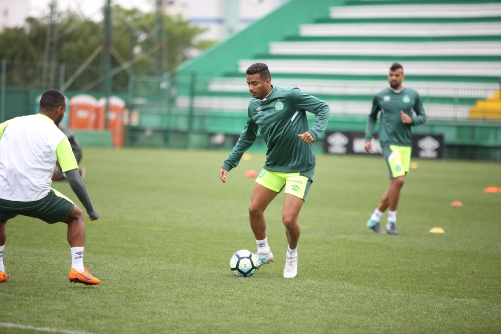 São Paulo dá como certo retorno de Reinaldo, que está na Chapecoense (Foto: Sirli Freitas/Chapecoense)
