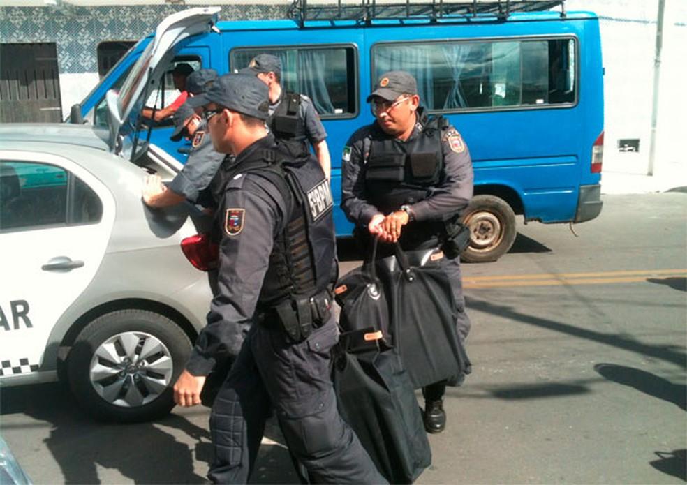 Operação Máscara Negra também cumpriu mandados de busca e apreensão em Macau e Guamaré — Foto: Carlos Adams/G1