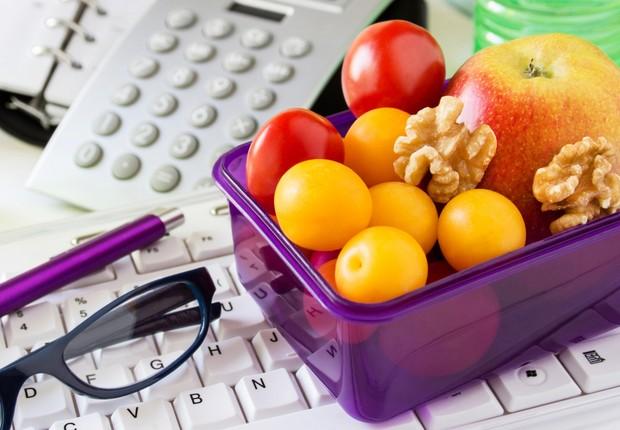 Saúde ; comer melhor no trabalho ; mais saudável ; dieta ; educação alimentar ; alimentação ;  (Foto: ThinkStock)