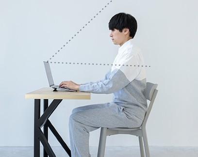 """Empresa cria """"pijama social"""" para manter conforto e etiqueta durante o home office"""