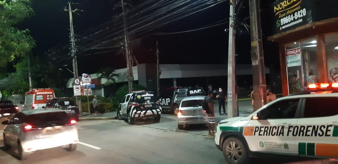 Homem é baleado e morto ao tentar assaltar policial penal em Fortaleza