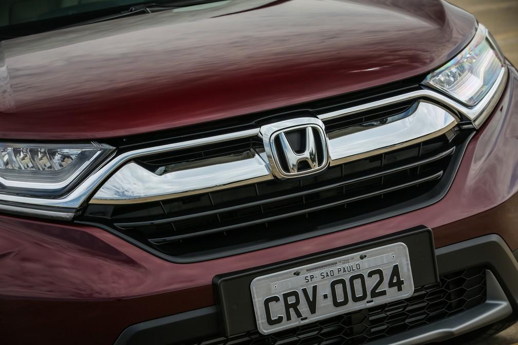 Honda CR-V 2018 tem grade dianteira com fechamento ativo (Foto: Honda/Divulgação)