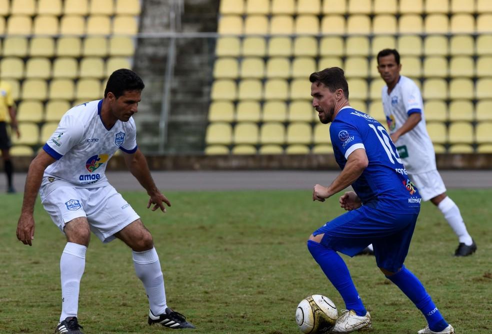 """Sávio em ação pelo """"Gol Azul"""" — Foto: Carlos Alberto Silva/A Gazeta"""
