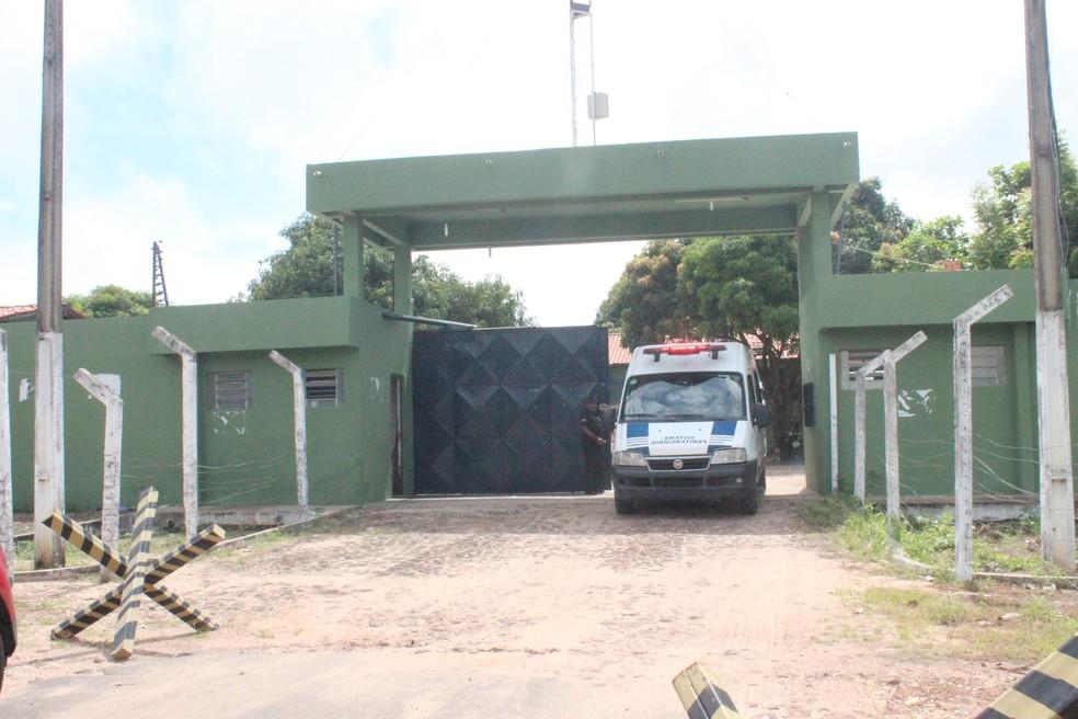 Advogado é transferido na Penitenciária Irmão Guido — Foto: Catarina Costa/G1 PI