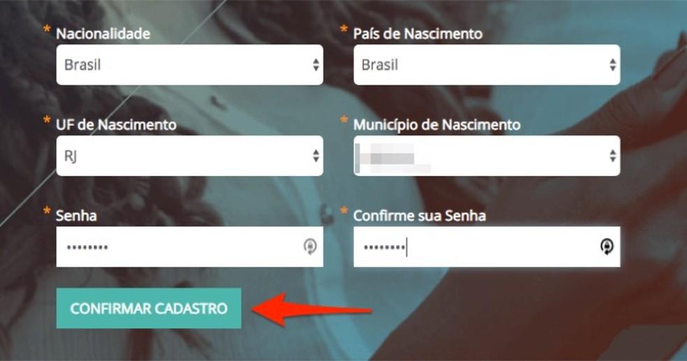 Ação para fornecer dados pessoais ao criar uma conta na Escola Virtual do Governo Federal — Foto: Reprodução/Marvin Costa