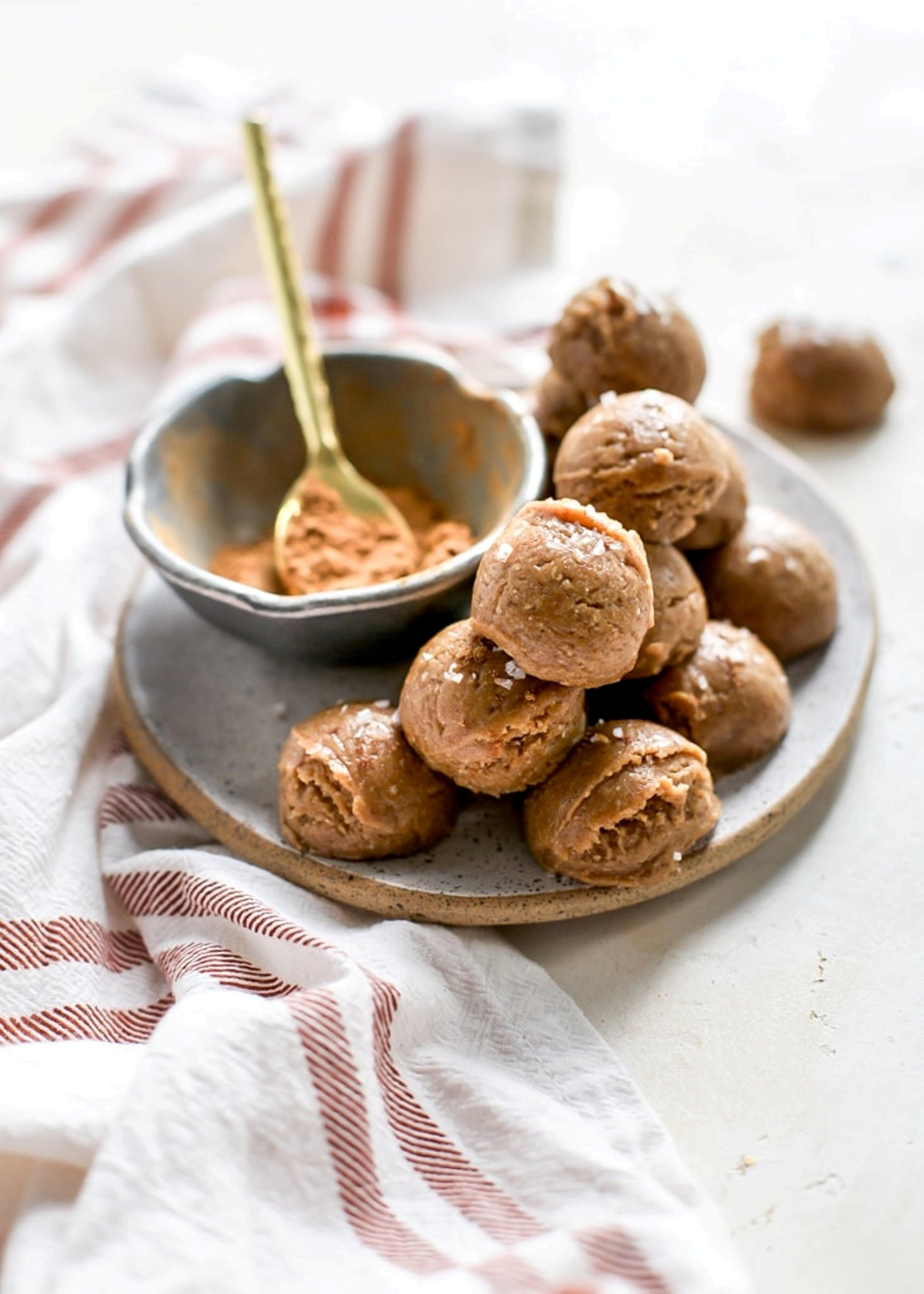 Brigadeiro de abóbora com  pasta de amendoim (Foto: Divulgação)