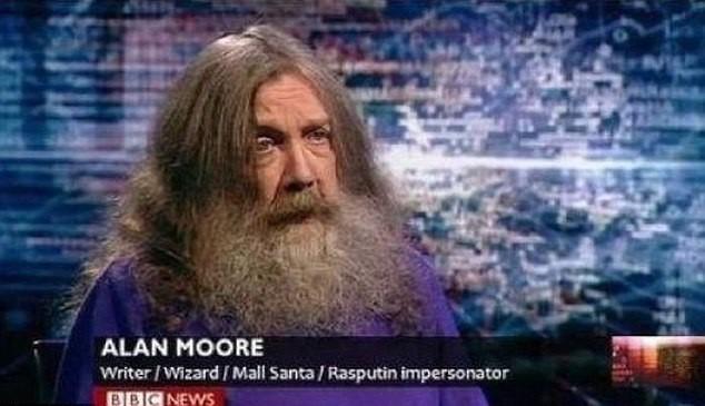 Escritor, mago, Papai Noel de shopping e sósia de Rasputin
