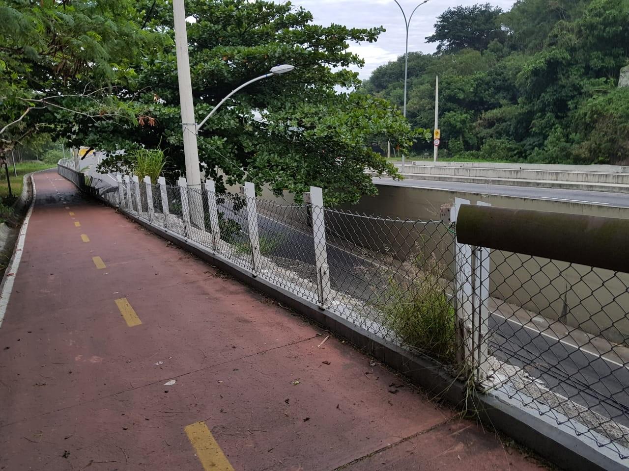 Ciclovia interditada no Rio agora é vandalizada
