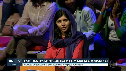 Em evento em SP, Malala promete investir na educação do Brasil