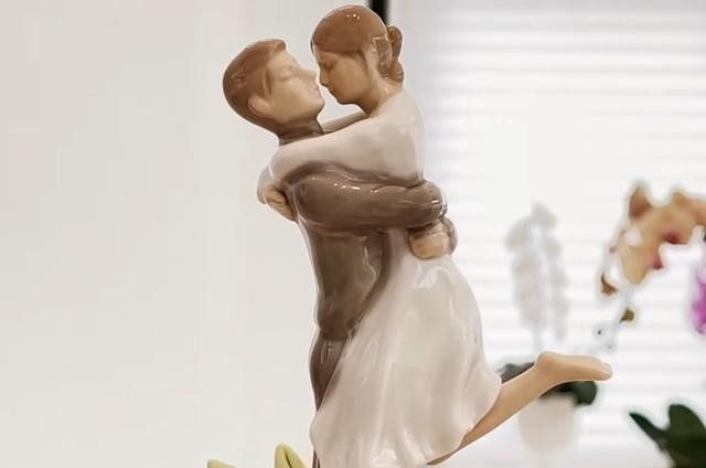 Topo do bolo da comemoração dos 25 anos de casamento de Ana Hickmann e Alexandre Correa (Foto: Reprodução)