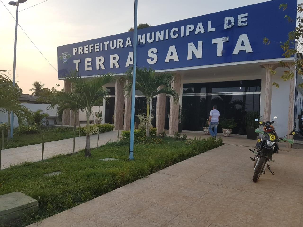 Prefeitura de Terra Santa suspende convocação de classificados em concurso até preenchimento de todas as vagas
