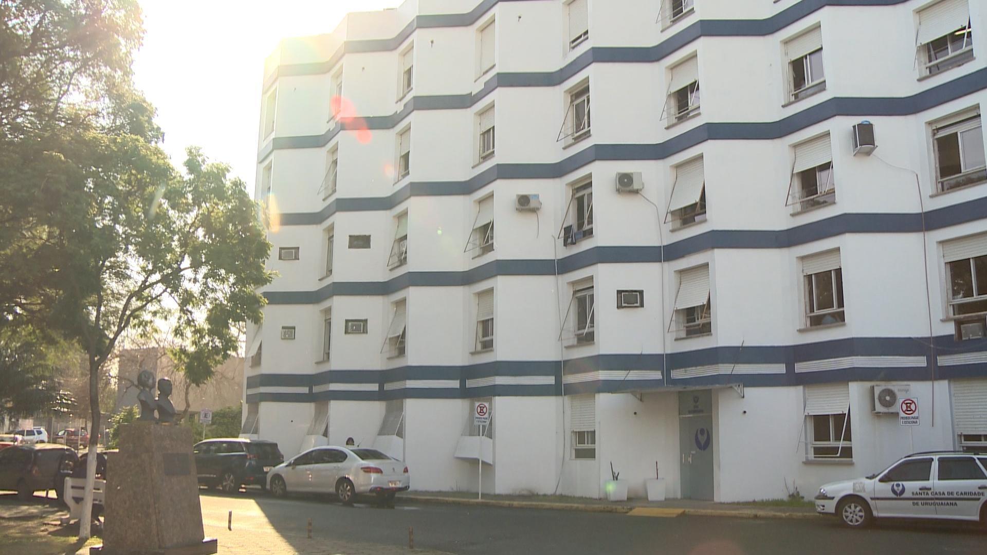 Santa Casa de Uruguaiana suspende internações por 48 horas após casos de sarna no hospital