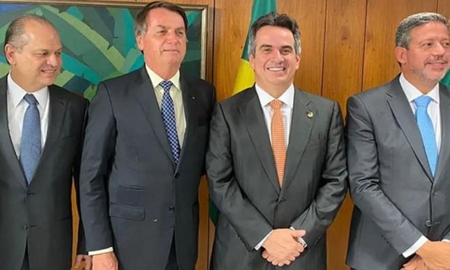 Bolsonaro com os expoentes do Centrão