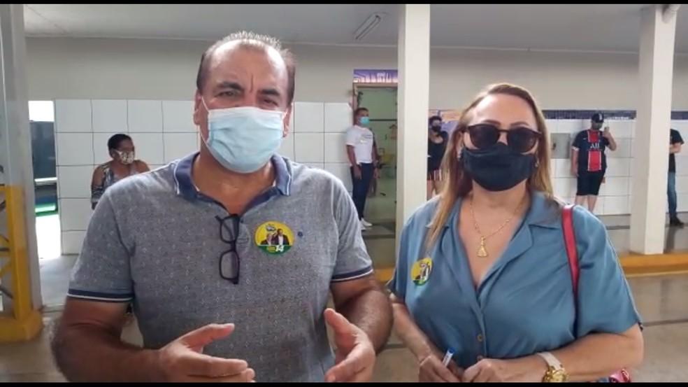Eleição 2020: candidato Leonel Bertolin vota em escola de Porto Velho — Foto: Fabiano do Carmo/CBN