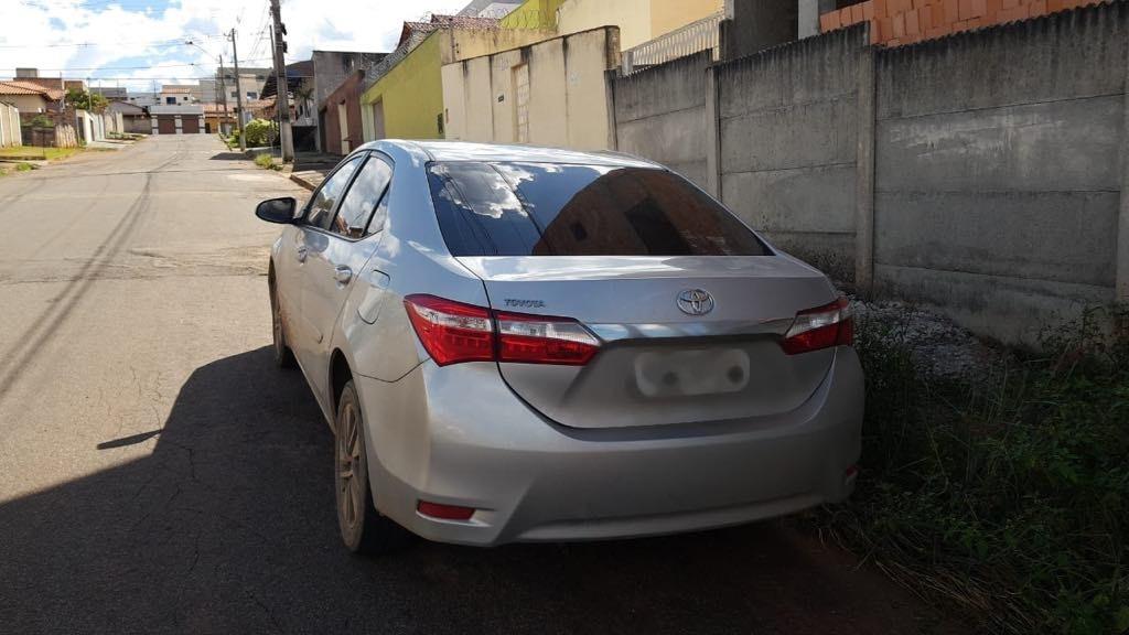 Jovem é detido por posse de carro com placa clonada em Pará de Minas - Noticias