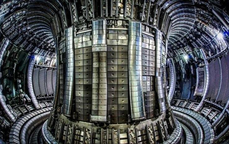 Modelo de um tokamak, reator experimental de fusão nuclear (Foto: Divulgação)