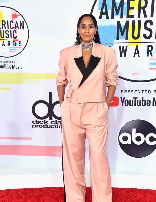 Tracee Ellis Ross no American Music Awards 2018 (Foto: Getty Images/Reprodução)