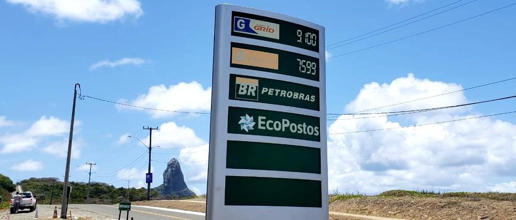 Preço da gasolina sobe mais uma vez e litro chega a R$ 9,10 em Fernando de Noronha
