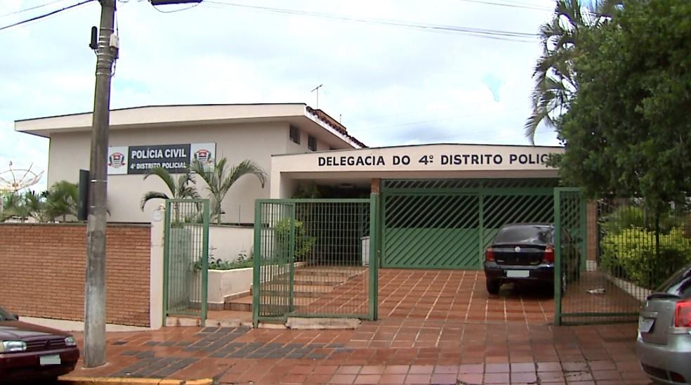 Sede do 4º Distrito Policial de Ribeirão Preto — Foto: Reprodução/EPTV/Arquivo