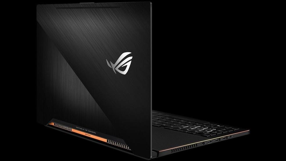 Novo notebook da Asus chama atenção por design mais comportado e perfil fino (Foto: Divulgação/Asus)