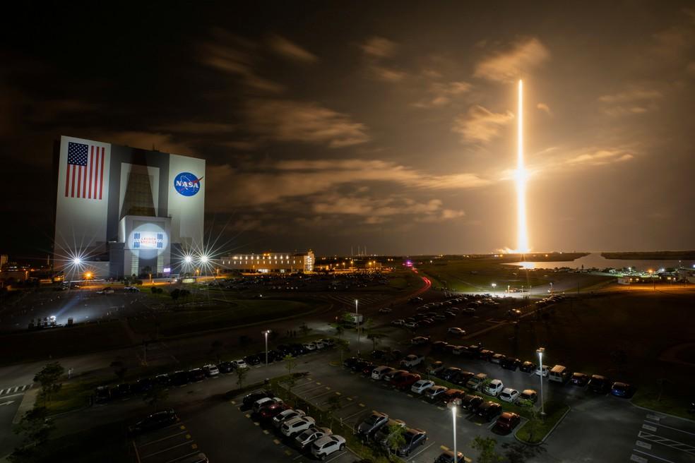Foguete Falcon 9, da SpaceX, em lançamento realizado em 23 de abril de 2021 — Foto: NASA/Ben Smegelsky via REUTERS
