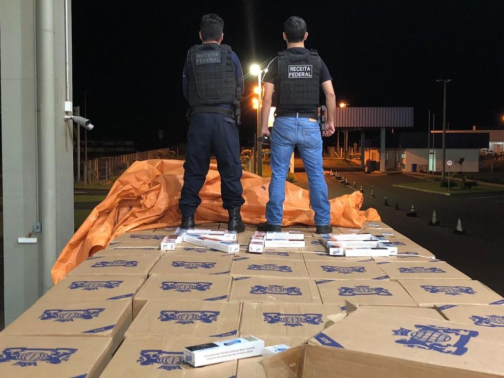Na ação que este ano incluiu o Mato Grosso do Sul foram tiradas de circulação também 2,3 milhões de maços de cigarros — Foto: Receita Federal/Divulgação