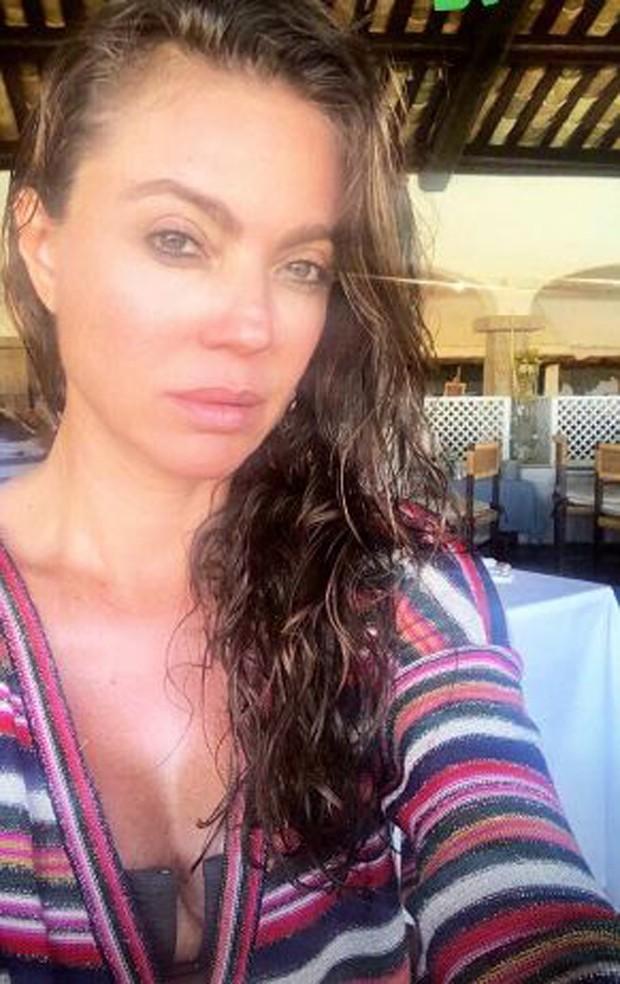 Simone Abdelnur na Sardenha (Foto: Reprodução/Instagram)