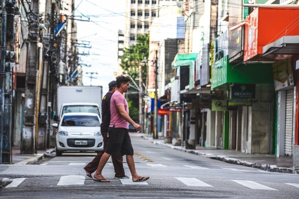 Fortaleza, epicentro da pandemia no estado já tem 20.012 pessoas com a doença e 1.580  mortes. — Foto: Foto: Thiago Gadelha/SVM