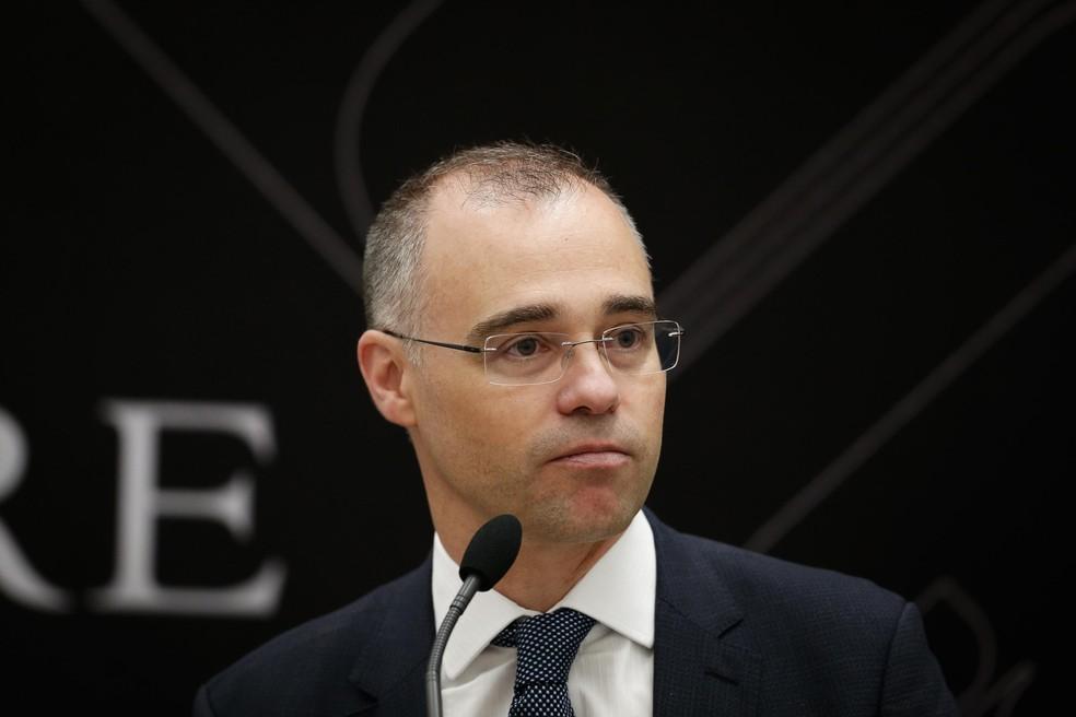 Análise: No meio da via-crúcis de André Mendonça, tem um Orçamento |  Política | Valor Econômico