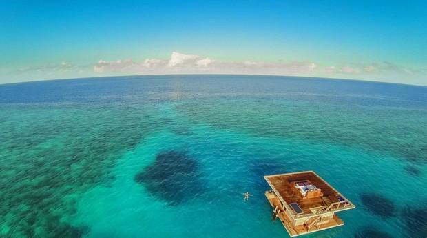O Manta Resort fica a 250 metros da praia (Foto: Divulgação)
