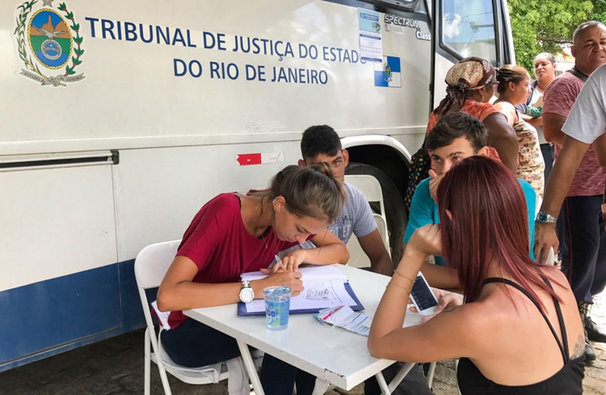 Distritos de Campos, RJ, recebem serviços do programa Justiça Itinerante