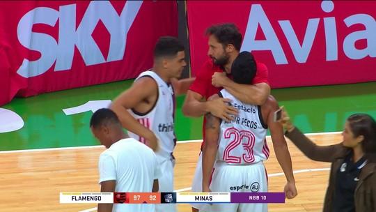 Na prorrogação, Flamengo vira contra o Minas e garante vaga nas semis do NBB