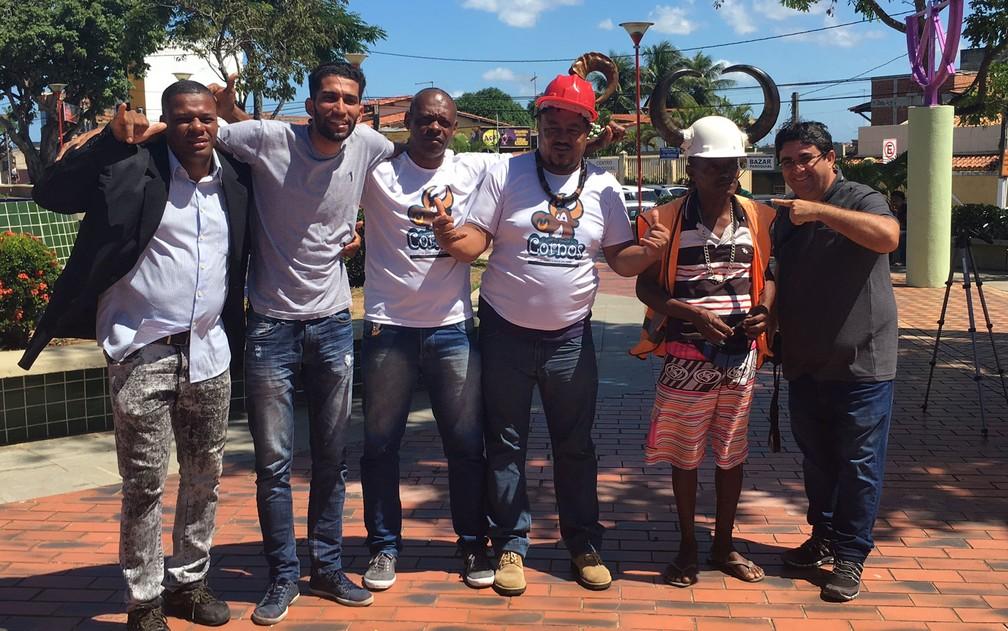 Integrantes da Associação dos Cornos em Lauro de Freitas, região metropolitana de Salvador — Foto: Maiana Belo/G1